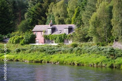 Cottage Royal Deeside