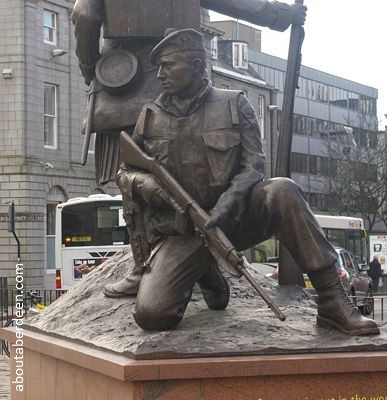 Gordon Highlanders Statue