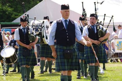 TOWIE and District Pipe Band