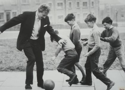denis law playing football children aberdeen