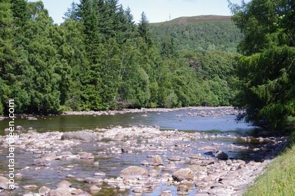 river hills trees scotland